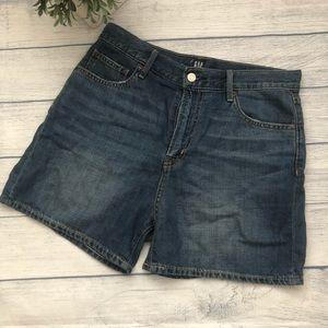 Gap Denim Mid Rise Shorts size 28